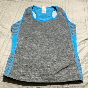 Women's work out tank